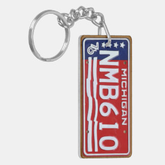 Michigan 1976 Vintage License Plate Keychain