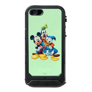 Mickey & Friends | Group Hug Incipio ATLAS ID™ iPhone 5 Case