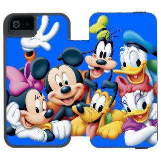 Mickey & Friends | Kneeling Incipio Watson™ iPhone 5 Wallet Case