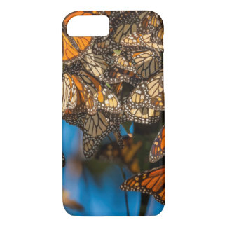 Migrating monarch butterflies cling to leaves iPhone 7 case