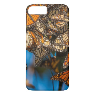 Migrating monarch butterflies cling to leaves iPhone 7 plus case