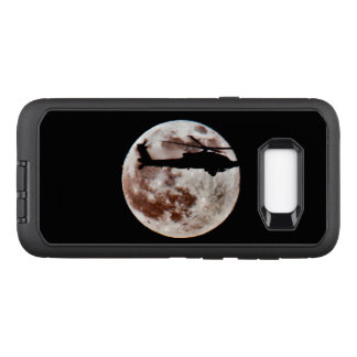 Military Attack Helicopter Against Full Moon OtterBox Defender Samsung Galaxy S8+ Case