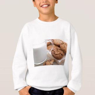 Milk and oatmeal cookies with chocolate sweatshirt