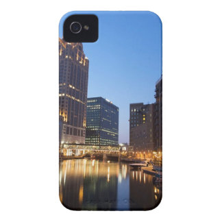 Milwaukee Night Skyline Case-Mate iPhone 4 Cases