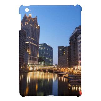 Milwaukee Night Skyline iPad Mini Case