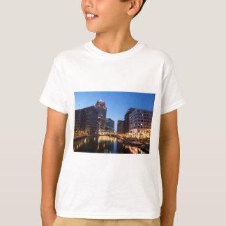 Milwaukee Night Skyline T-Shirt