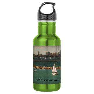 Milwaukee, WI Skyline 18oz Water Bottle