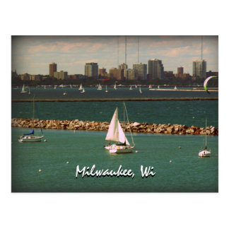 Milwaukee, WI Skyline Postcard