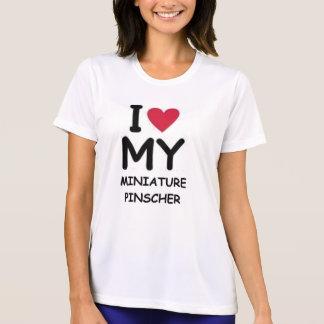 min pin love T-Shirt