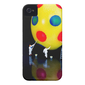 Miniature figurines painting yellow easter egg Case-Mate iPhone 4 case