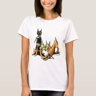 Miniature Pinscher n Apples T-Shirt