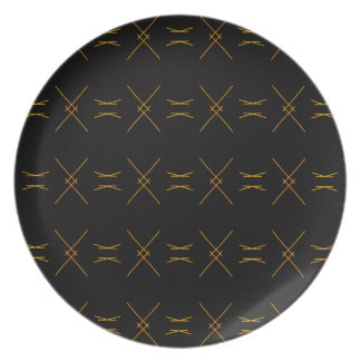 Minimalist Black and Gold Line Pattern Plate