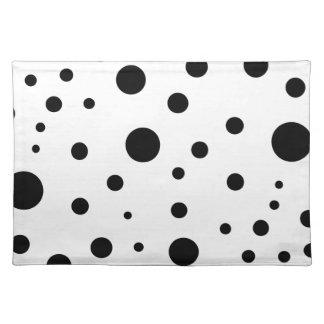 Minimalist dots placemat