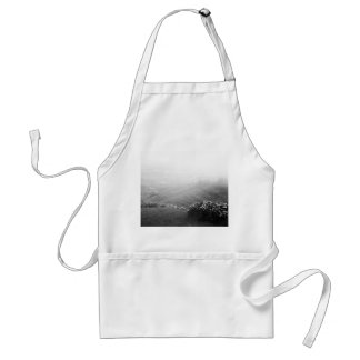 Minimalist landscape standard apron