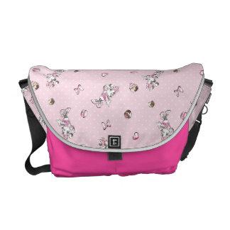 Minnie | Elegant Pose Watercolor Courier Bag
