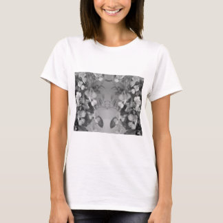 mirrored floral for nature lovers T-Shirt