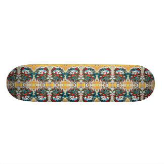 Mirrored Lion Heads Pattern Skateboard