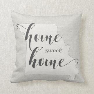 Missouri - Home Sweet Home burlap-look Throw Pillow