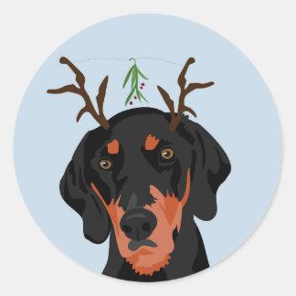Mistletoe Coonhound Classic Round Sticker