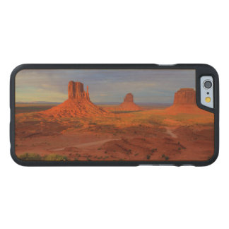Mittens, Monument valley, AZ Carved® Maple iPhone 6 Slim Case