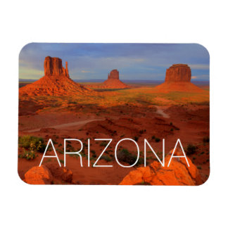 Mittens, Monument valley, AZ Magnet
