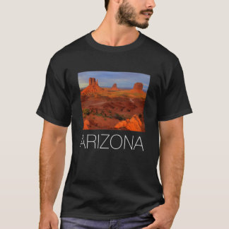 Mittens, Monument valley, AZ T-Shirt
