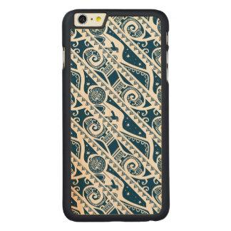 Moana | Maui - Shape Shifter Pattern Carved® Maple iPhone 6 Plus Case