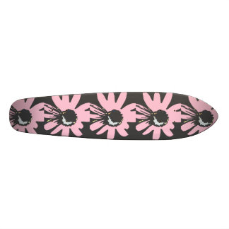 Mod daisy pale pink and black Skateboard