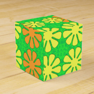 Mod Flower Design Favor Box
