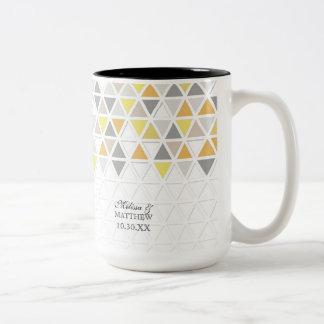 Mod Style Triangle Pattern Triangular Geometric Two-Tone Coffee Mug