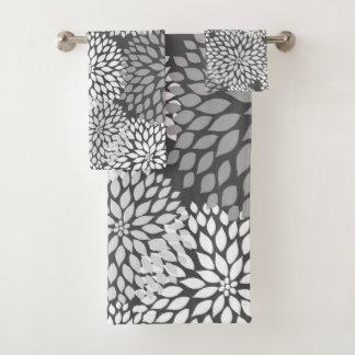 Modern Gray Dahlia floral pattern, neutral bath Bath Towel Set