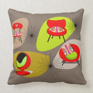 Modern Mid Century Retro Chairs Psttern Throw Pillow