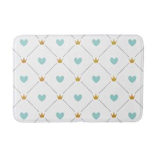 Modern Mint Crown and Heart Pattern Bath Mat