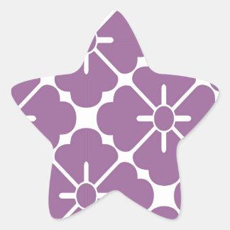 Modern purplish flower pattern star sticker