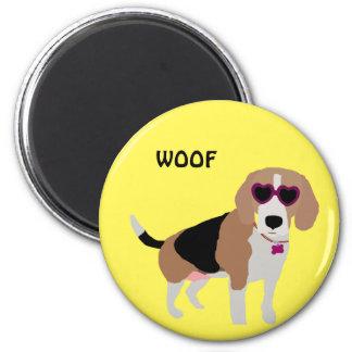 Modern tri-color beagle dog magnet