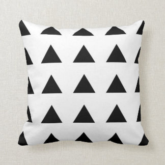 Modern Triangle Patterned Throw Pillow