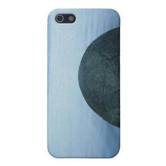 Moeraki Boulders iPhone 5/5S Cover