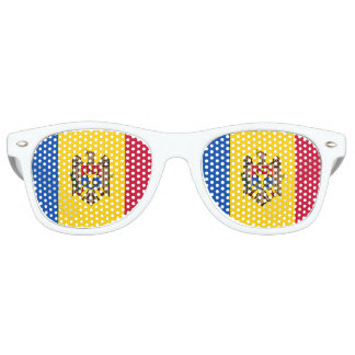 Moldova Flag Retro Sunglasses