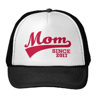 Mom 2017 trucker hat