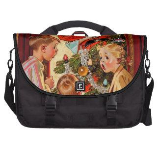 Mom Kisses Santa Claus Commuter Bags