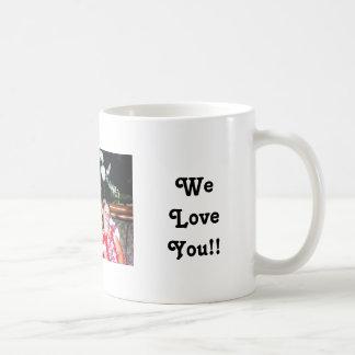momkids, MerryChristmas,Mom!!, WeLoveYou!! Coffee Mug