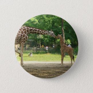 Mommy/Baby Giraffe Pin