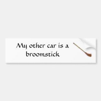 Mon autre voiture est un manche à balai autocollant de voiture
