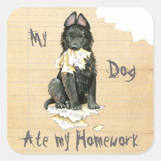 Mon chien de berger belge a mangé mon travail sticker carré