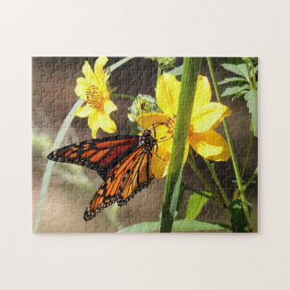 Monarch Butterfly, Photo Puzzle. Jigsaw Puzzle