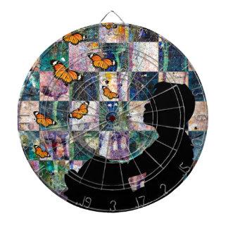 MONARCH TIME DARTBOARD WITH DARTS