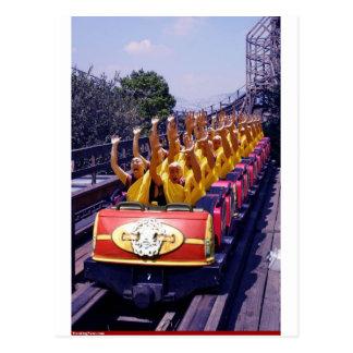 Monks-on-a-Roller-Coaster-67499.jpg Cartes Postales