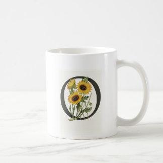 Monogram Daisy O Mug