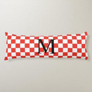 Monogramme simple avec le motif rouge de damier coussins longs