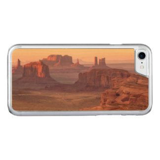 Monument valley scenic, Arizona Carved iPhone 8/7 Case